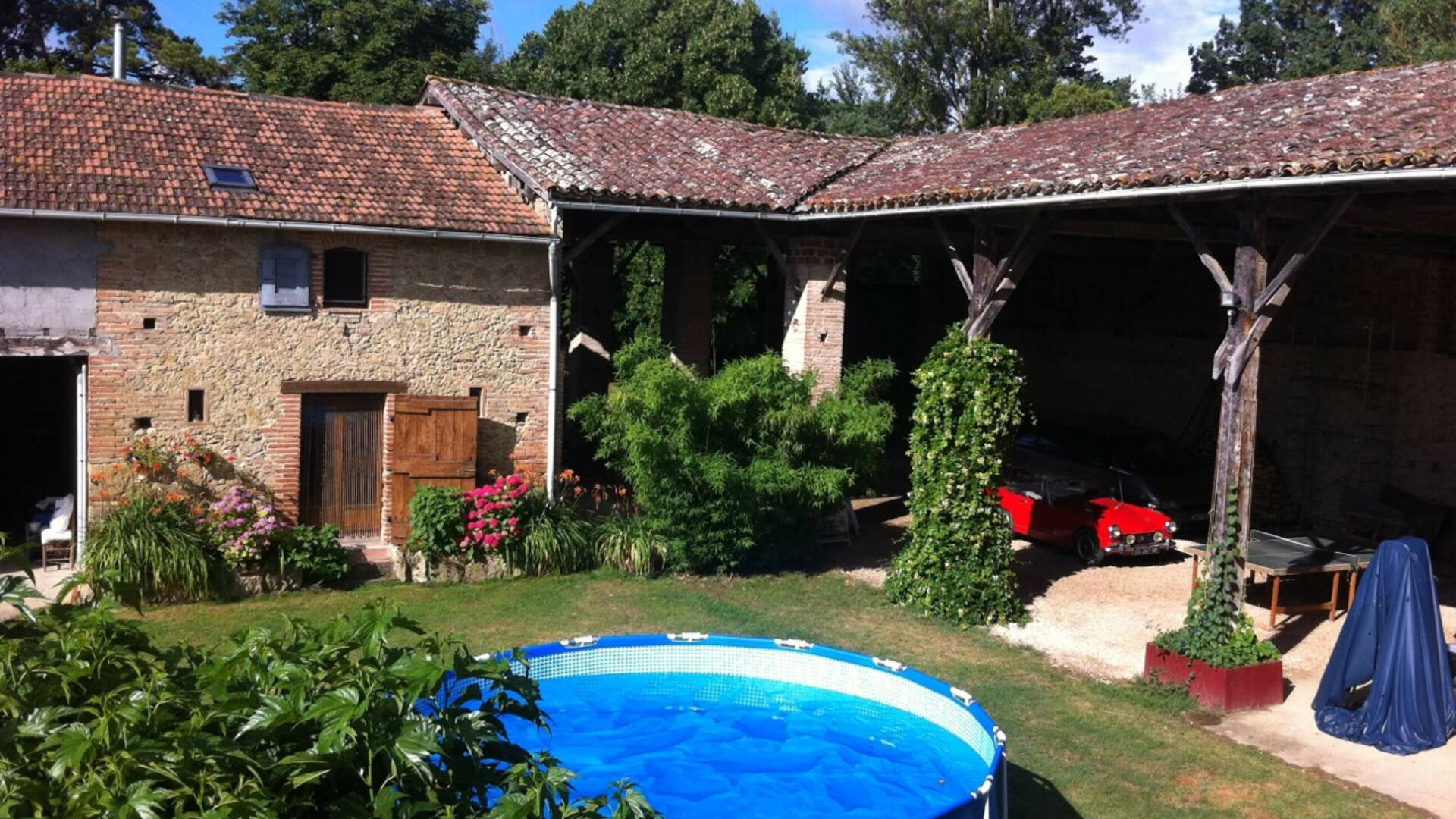 "Outside with swimming pool, Gîte ""Micalon"" ***,  Gaujac, Lombez, Samatan, Savès, Gers, Gascogne, France"