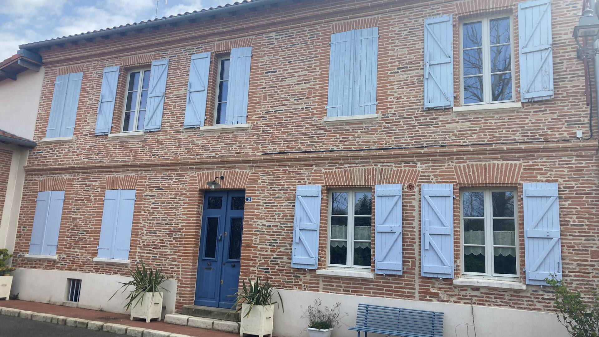 """Chambre d'hôtes """"Coquelicorne"""", Lombez, Savès, Gers, Gascogne, France"""
