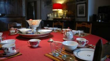 Salle de petit déjeuner, Le Parc de Pétrarque, Chambres d'Hôtes dans le Savès.