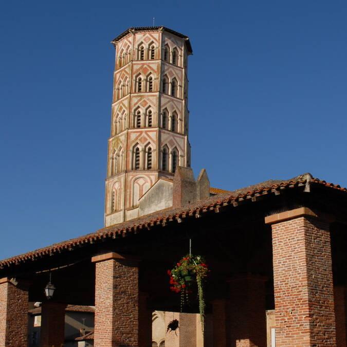 Cathédrale Sainte Marie et la Halle, Lombez, Savès