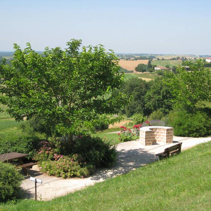 La table d'Orientation, Sauveterre, Savès