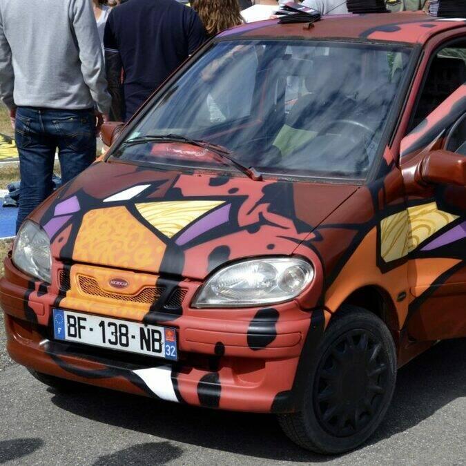 Voiture, Street Art, Lombez, Savès