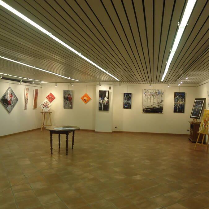 Salle d'exposition, Office de Tourisme du Savès, Bureau de Samatan, Savès, Gers, Gascogne, France