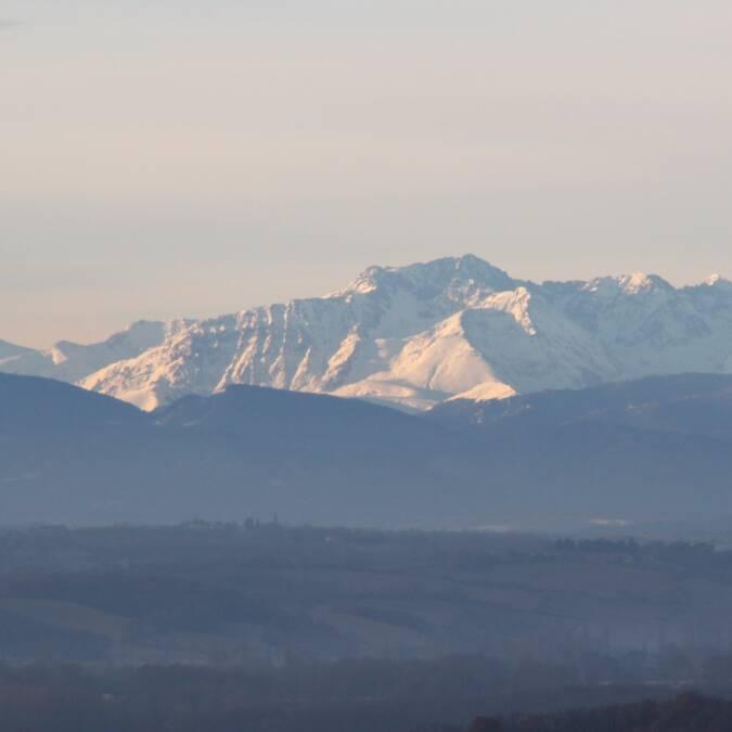 Vue sur les Pyrénées, Sauveterre, Savès